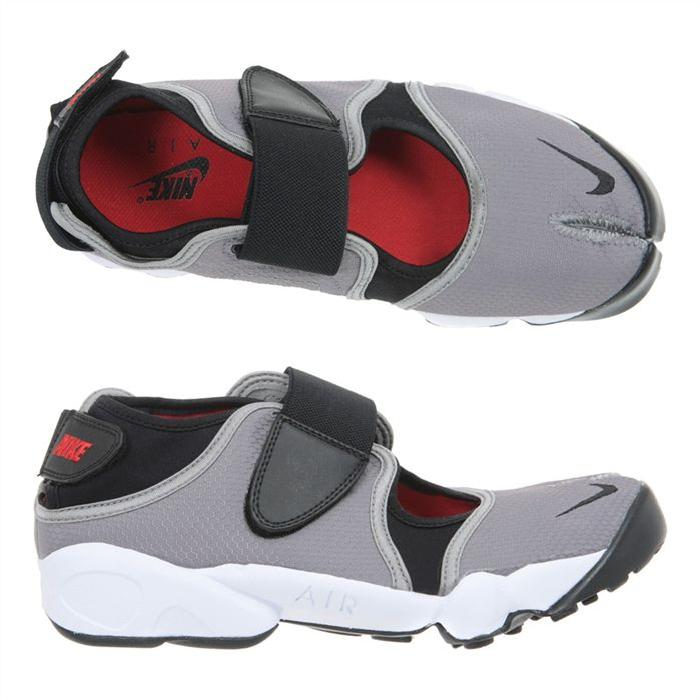 chaussure nike pour doigt