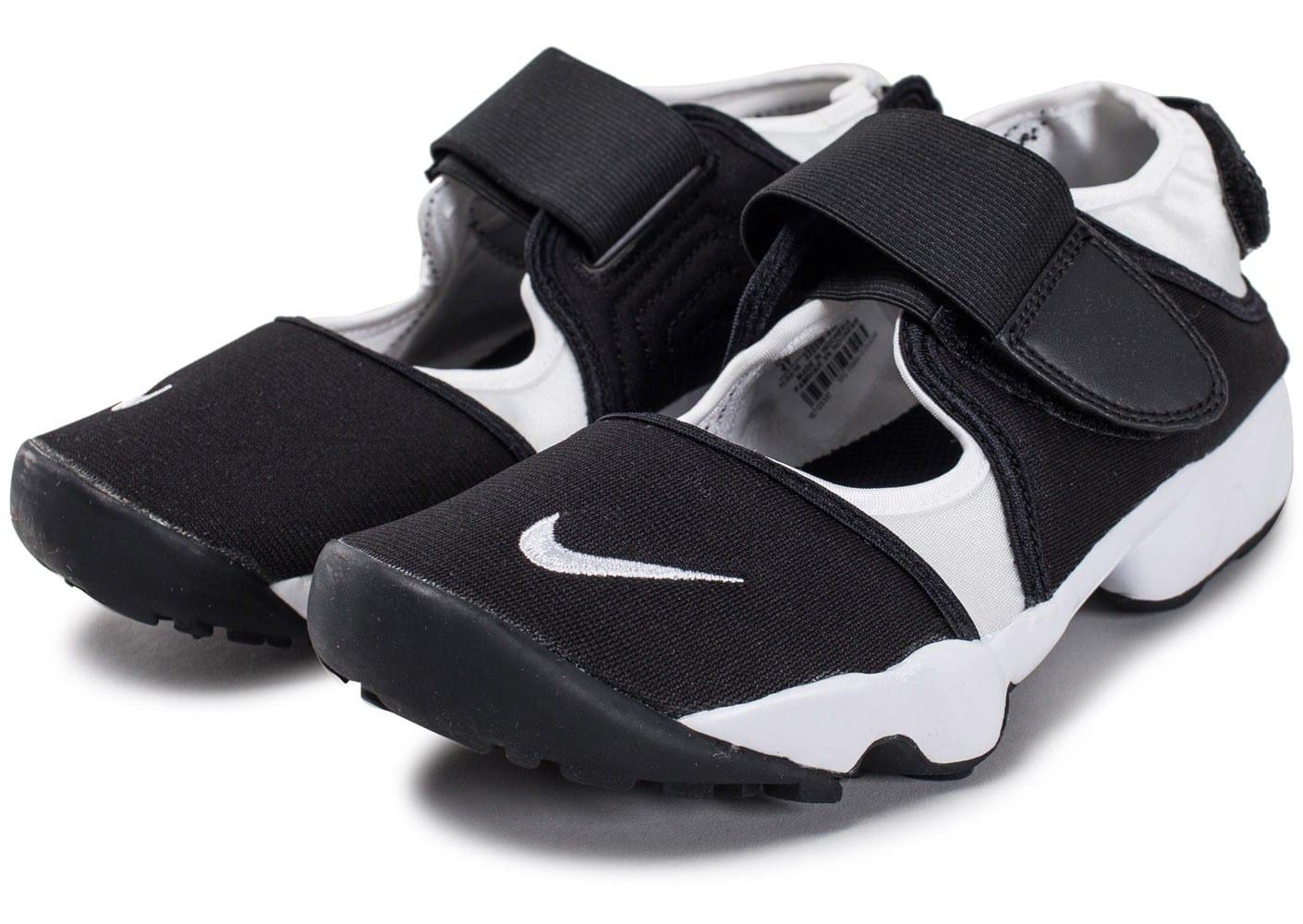 Soldes > chaussure nike ouverte > en stock
