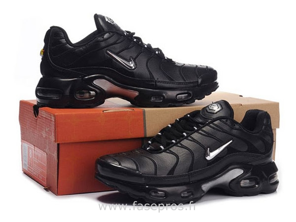basket nike tn enfant